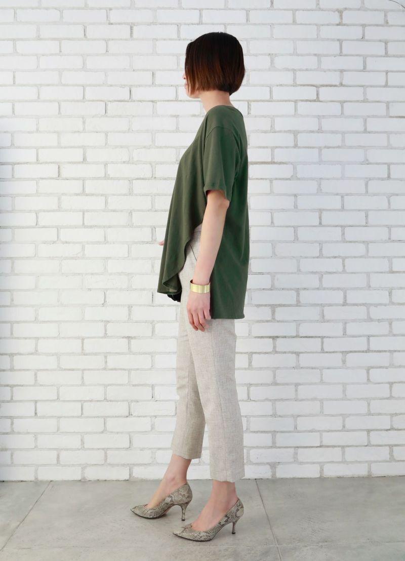 Deepネック裾デザインTシャツ【OUTLET】