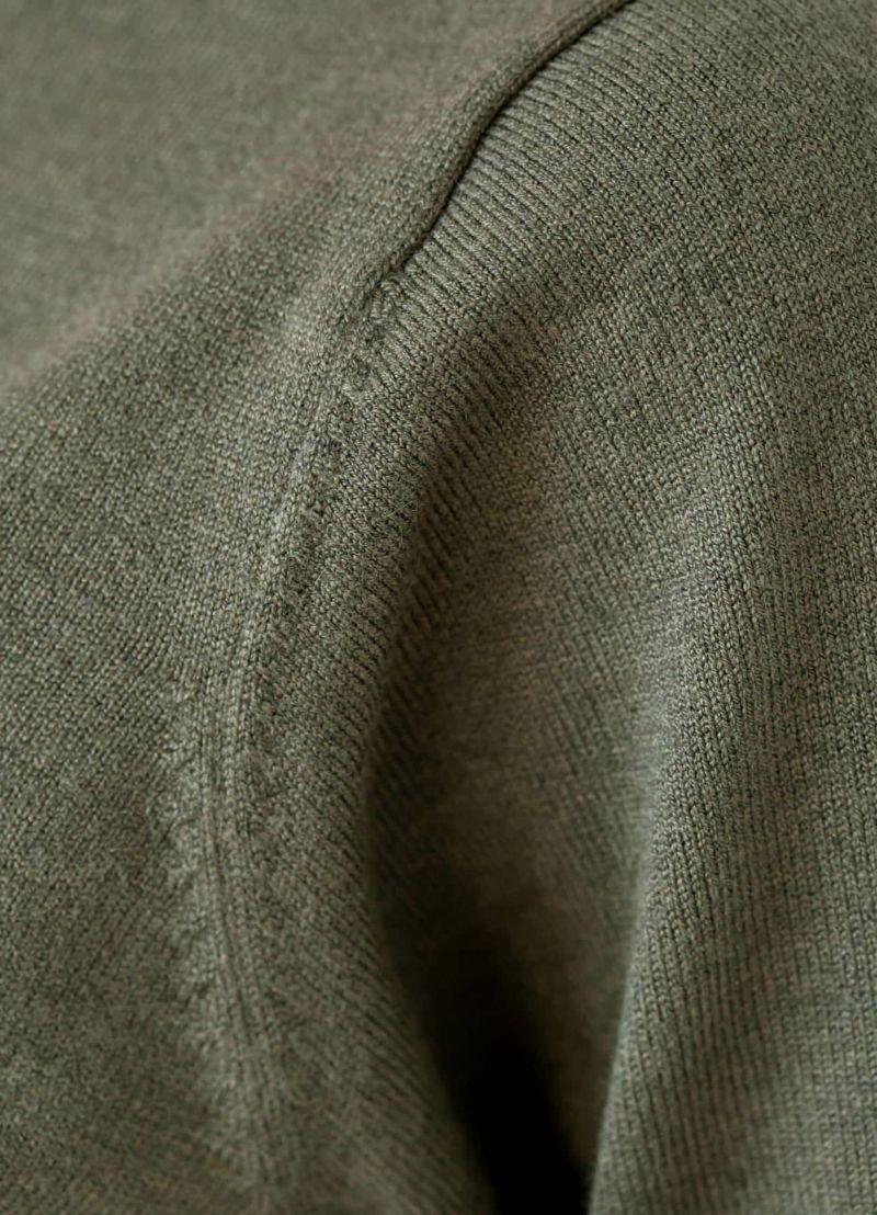 着用イメージ 168cm オリーブグレー