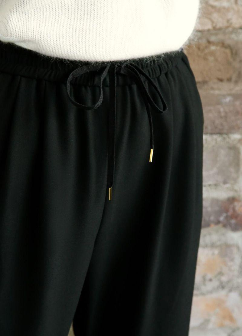 着用イメージ 168cm ブラック 着用サイズS
