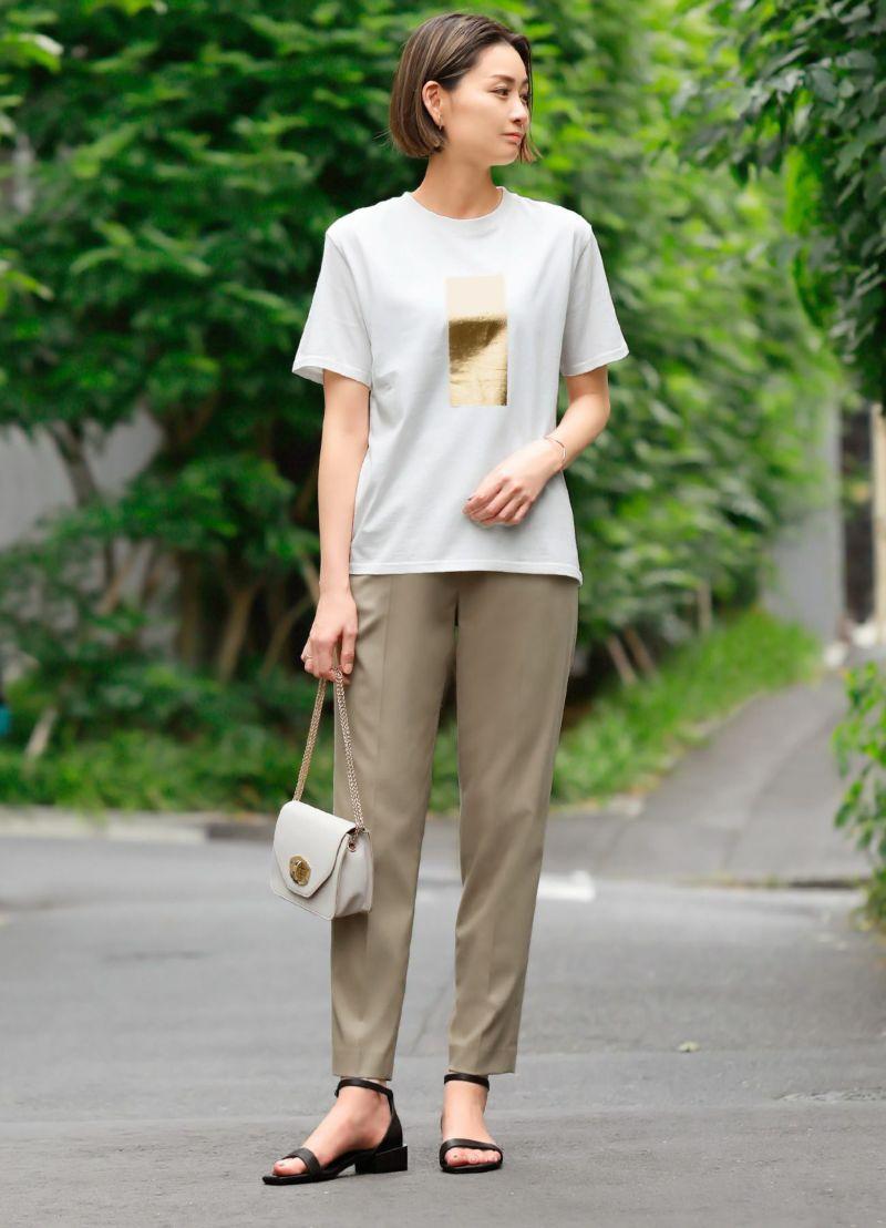 ゴールド箔プリントTシャツ【OUTLET】