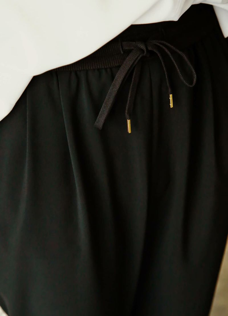 着用イメージ 168cm ブラック 着用サイズ S