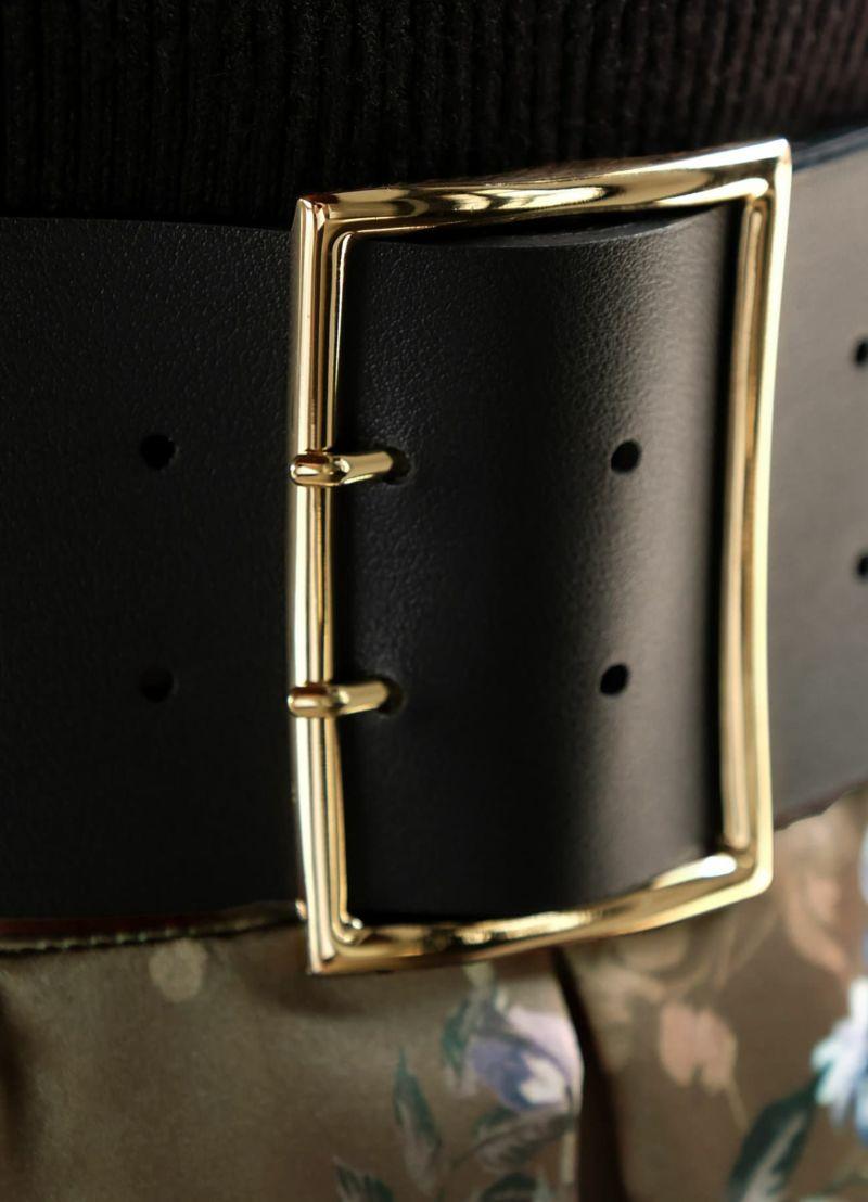着用イメージ 169cm ブラック×ゴールド