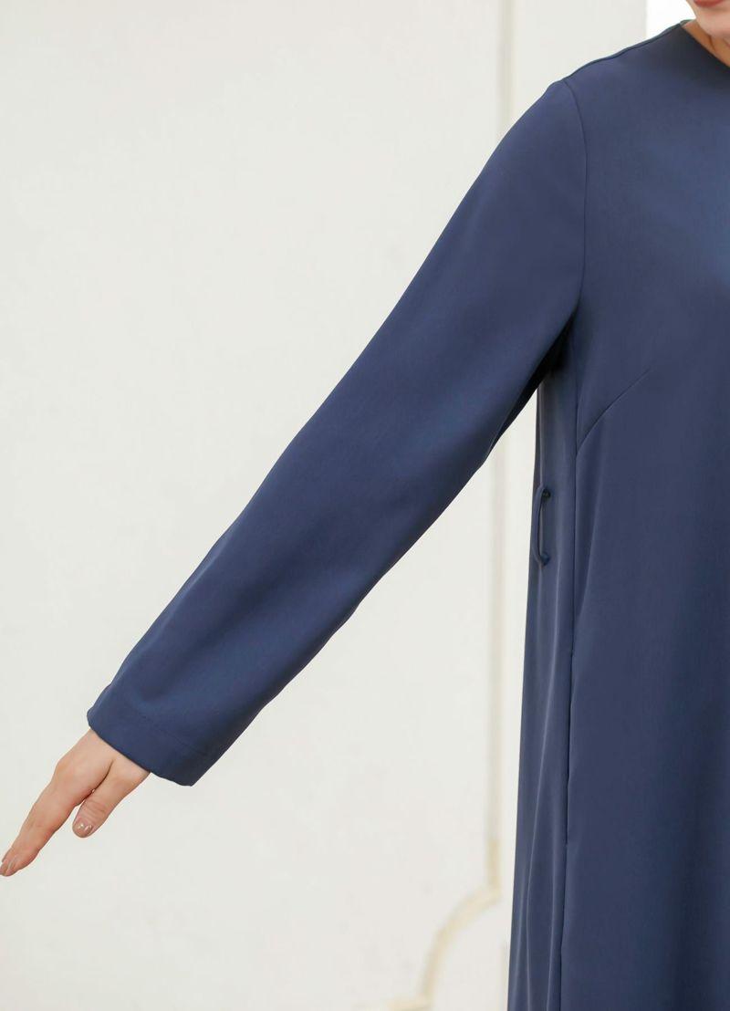 中に防寒インナーも着れる、ほど良くゆとりのある袖幅
