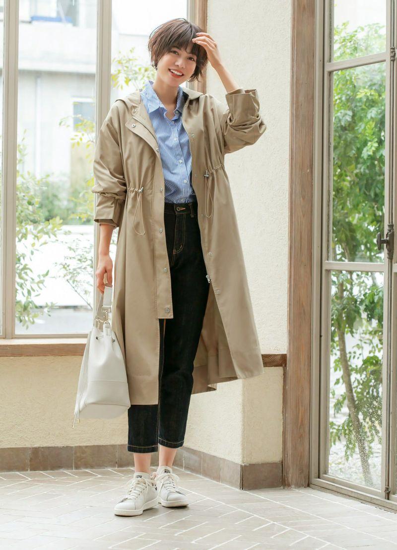 旬なスポーティーテイストを品良く取り入れた大人のためのスプリングコート