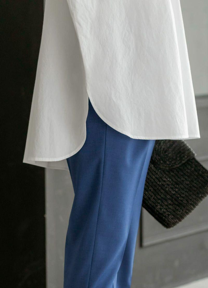 裾にはカーブをかけ、オシャレに仕上げてあります。