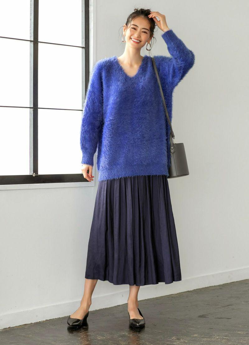 普通身長でくるぶし丈感。超ロングHITの上品微光沢なギャザースカート。